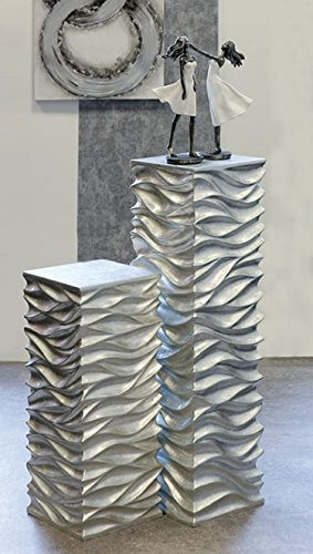 "Säule ""Wave"" aus Poly / Fiberglas in silber H=70cm -"