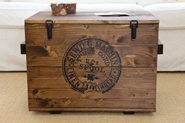 Uncle Joe´s Truhe Sewing Couchtisch Truhentisch im Vintage Shabby chic Style aus Massiv-Holz in braun mit Stauraum und Deckel Holzkiste Beistelltisch Landhaus Wohnzimmertisch Holztisch nussbaum - 1