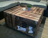 Dunkler Couchtisch aus Neuen geflammten Apfelkisten auf Rollen - flambierter Kistentisch aus Obstkisten Holzkisten Weinkisten *** Ohne Glasplatte *** 81x81x44cm - 1