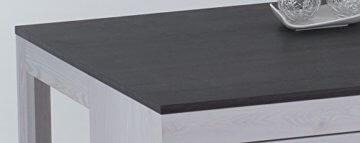 lifestyle4living Couchtisch in Sibiu-Lärche-Nachbildung, Wohnzimmertisch auf Rollen mit 2 Schubladen, moderner Sofatisch mit Tischplatte in Touchwood - 3