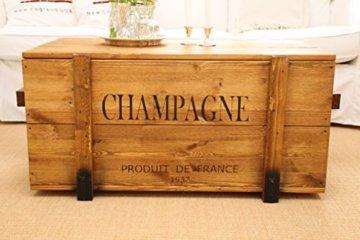 Uncle Joe´s Truhe Champagne Couchtisch Truhentisch im Vintage Shabby chic Style aus Massiv-Holz in braun mit Stauraum und Deckel Holzkiste Beistelltisch Landhaus Wohnzimmertisch Holztisch nussbaum - 1