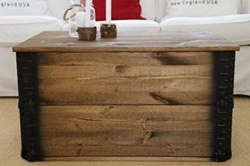 Uncle Joe´s Truhe dunkel Couchtisch Truhentisch im Vintage Shabby chic Style aus Massiv-Holz in braun mit Stauraum und Deckel Holzkiste Beistelltisch Landhaus Wohnzimmertisch Holztisch nussbaum - 1